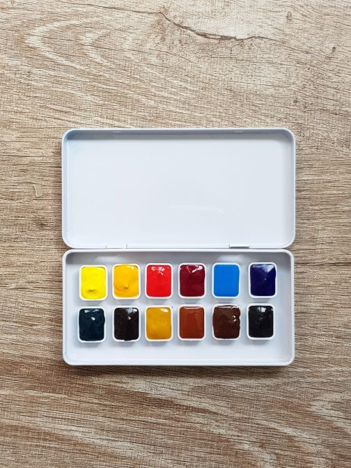 Holbein Artist Watercolor Paint Set – 12 Basic Colors