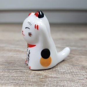 Paint Brush Rest – Lucky Cat Maneki-Neko Kawaii Japanese – Pen Rest – Calligraphy Rest